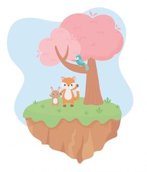 Mignon petit lapin renard et perroquet sur les animaux de dessin animé de branche arbre herbe dans une illustration vectorielle de paysage naturel