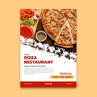 Modèle d'affiche de délicieux restaurant de pizza