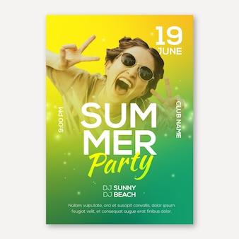 Modèle d'affiche de fête d'été avec photo