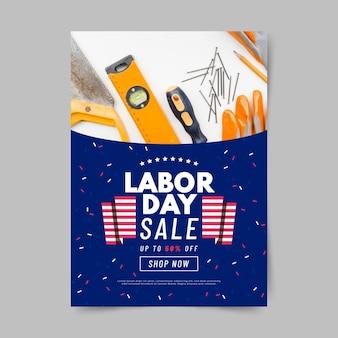 Modèle d'affiche verticale de vente de fête du travail usa plat