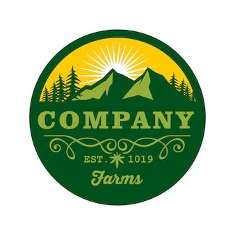 Modèle de badge logo montagne et arbres