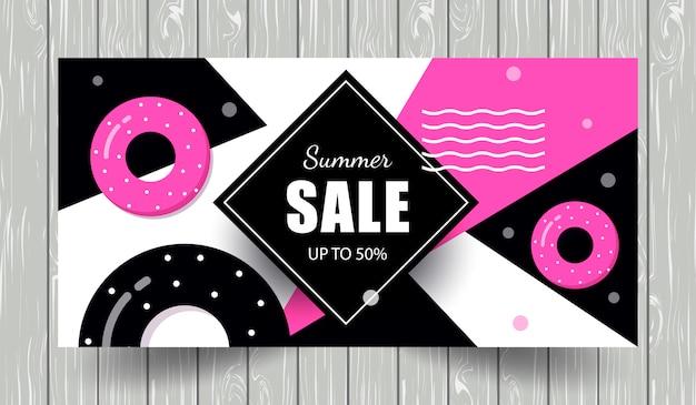 Modèle de bannière de vente d'été avec des bouées de sauvetage