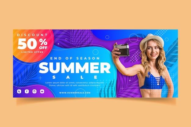 Modèle de bannière de vente d'été dégradé avec photo