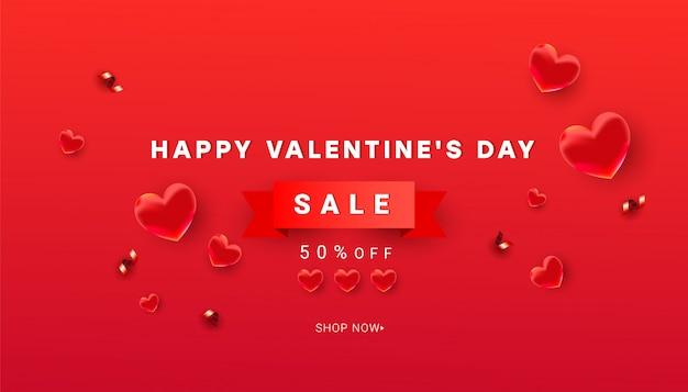 Modèle de bannière de vente de saint valentin de décor de coeur et de confettis de paillettes brillantes, ruban rouge avec texte sur fond rouge