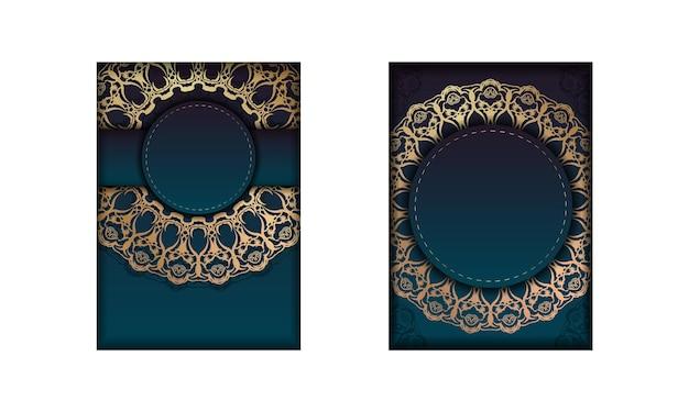 Modèle de brochure avec une couleur bleue dégradée avec un motif doré mandala pour votre conception.