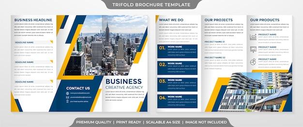 Modèle de brochure à trois volets propre