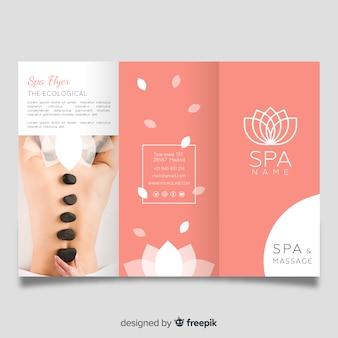 Modèle de brochure à trois volets spa