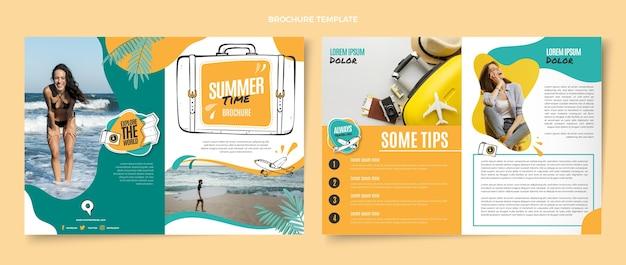 Modèle de brochure de voyage plat