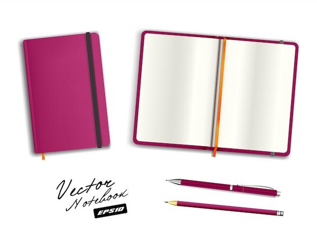 Modèle de cahier vierge ouvert et fermé violet avec bande élastique et signet. crayon et stylo violet vierge de papeterie réaliste. illustration de cahier isolée sur fond blanc.