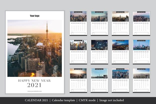 Modèle de calendrier 2021 moderne