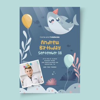 Modèle de carte d'anniversaire requin et ballons pour enfants