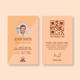 Modèle de carte d'identité de délicieux barbecue