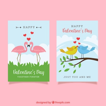 Modèle de carte de saint valentin avec des oiseaux et des flamants roses