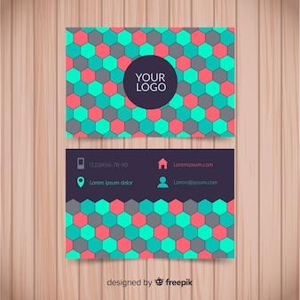 Modèle de carte de visite coloré avec un design plat