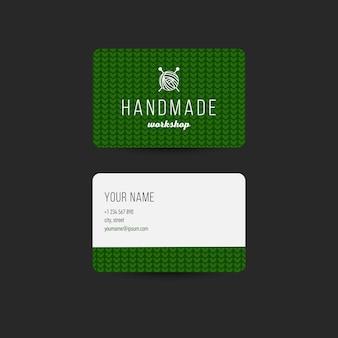 Modèle de carte de visite avec fond en tricot. conception modifiable pour l'image de marque artisanale