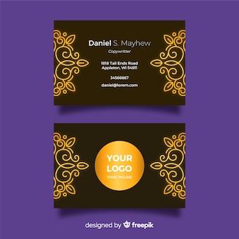 Modèle de carte de visite ornementale design plat doré