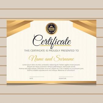Modèle de certificat élégant avec des éléments dorés