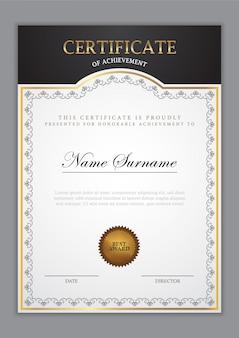 Modèle de certificat avec élément en or et design moderne, diplôme