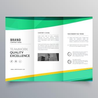 Modèle de conception de brochure créatif et triful pour votre entreprise