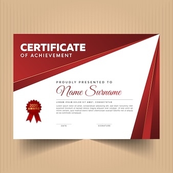 Modèle de conception de certificat d'appréciation avec des couleurs rouges