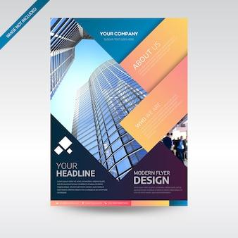 Modèle de conception de couleur plein flyer