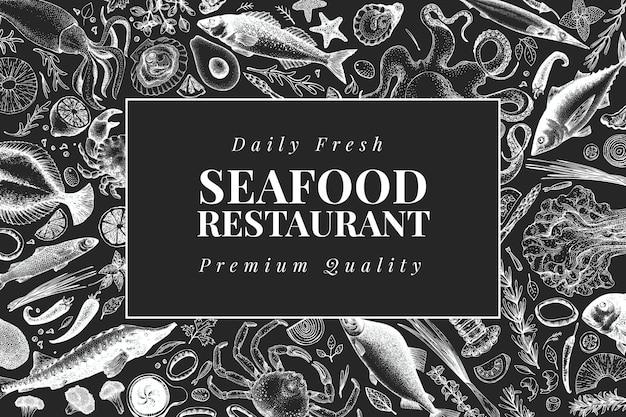 Modèle de conception de fruits de mer dessinés à la main. vector illustrations de poissons-crabes et d'huîtres à bord de la craie. fond marin vintage