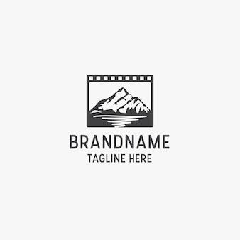 Modèle de conception d'icône de logo de production de studio de cinéma de montagne.