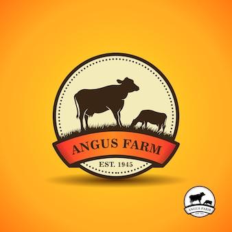 Modèle de conception de logo angus noir. création de logo de ferme de vache