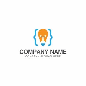 Modèle de conception de logo de code créatif