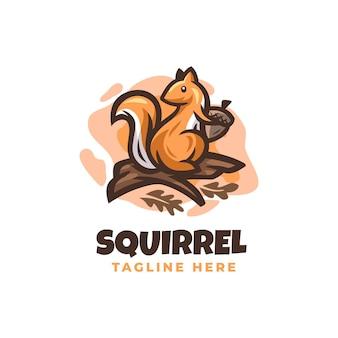 Modèle de conception de logo d'écureuil avec des détails mignons