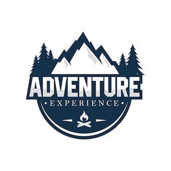 Modèle de conception de logo en plein air et aventure