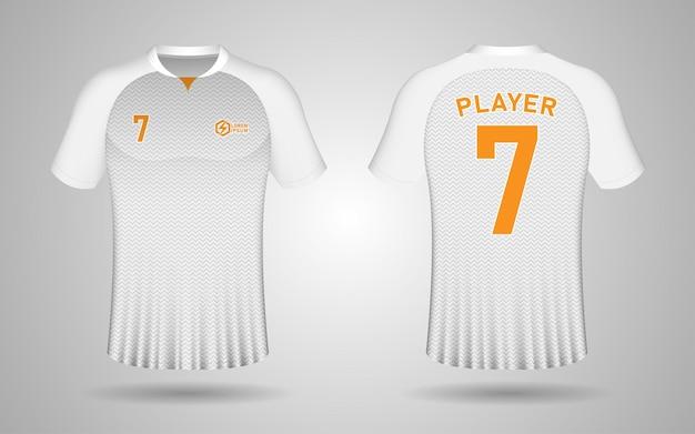 Modèle de conception de maillot de football avant et arrière réaliste en couleur blanc et or