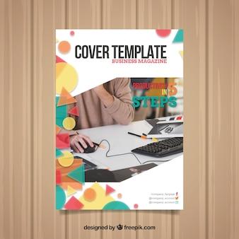 Modèle de couverture avec un design géométrique et photo