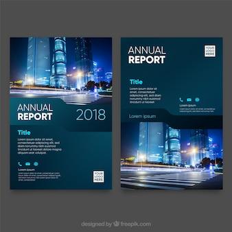 Modèle de couverture de rapport annuel avec image
