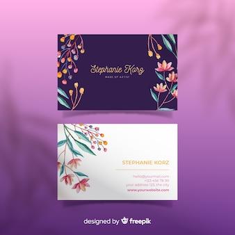 Modèle de design floral pour carte de visite