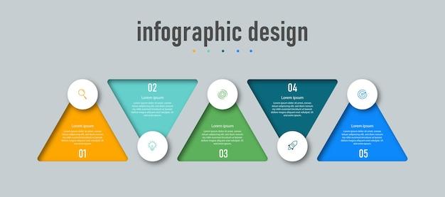 Modèle d'entreprise de conception infographique triangulaire moderne et avec flux de travail de numéro d'option quatre étapes