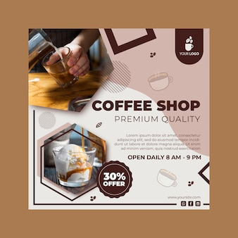 Modèle de flyer carré pour café