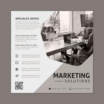 Modèle de flyer commercial marketing