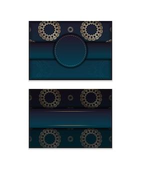 Modèle flyer de félicitations avec un dégradé de couleur bleue avec un ornement mandala en or pour vos félicitations.