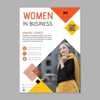Modèle de flyer de femme d'affaires