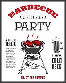 Modèle de flyer de fête en plein air barbecue. grill avec des ustensiles de cuisine, des steaks, des saucisses.