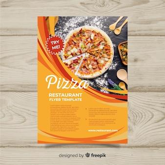 Modèle de flyer restaurant pizza moderne
