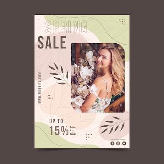 Modèle de flyer de vente de printemps plat avec photo