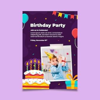 Modèle de flyer vertical de fête d'anniversaire