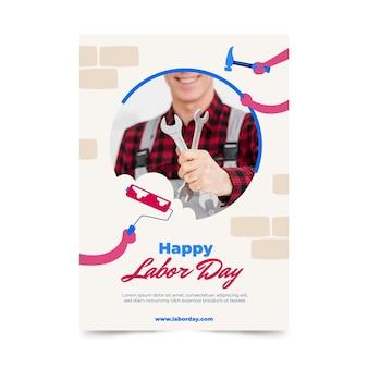 Modèle de flyer vertical de la fête du travail des états-unis avec photo