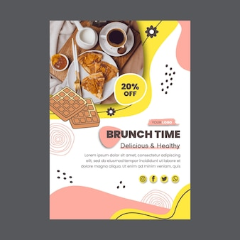 Modèle de flyer vertical de réduction de temps de brunch