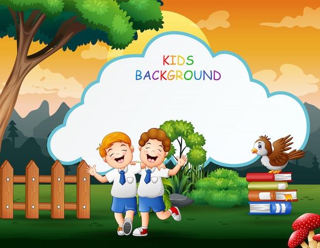 Modèle de fond d'enfants avec des écoliers heureux
