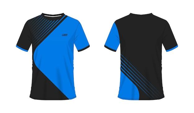 Modèle de football ou de football t-shirt bleu et noir pour club d'équipe sur fond blanc. maillot de sport.