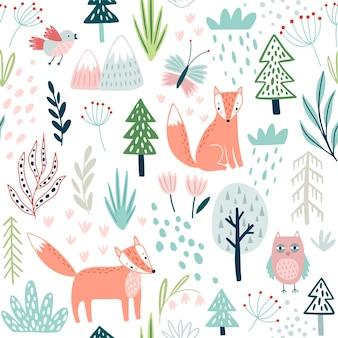 Modèle de forêt sans couture avec hibou renard plante des arbres et autres éléments