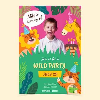 Modèle d'invitation d'anniversaire animaux dessinés à la main avec photo